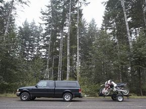 Using a hitch jack can make it much easier to tow large items from one place to another.