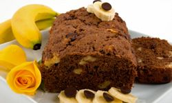 Banana cakes are a popular gift to give your friends and neighbors in Vietnam.