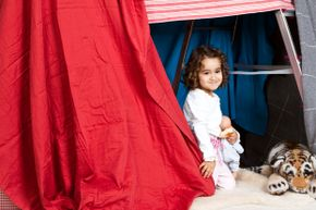Why rely on unstable homemade items? Some companies sell kits of poles and joints made exclusively for building play forts.