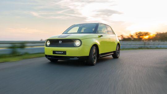 Meet the Adorable Honda E