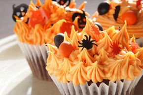 Creepily delicious cupcakes are a Halloween party MUST.