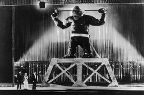 The king of giant movie monsters gets some stage time in New York City in 1933.