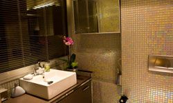 How clean is your hotel's bathrooms?