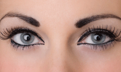 Applying single eyelashes might at first seem intimidating, but you can't argue with the results!