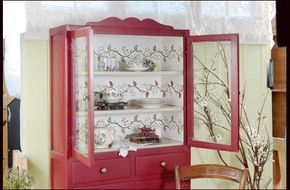 Learn how to stencil a Country Cupboard.