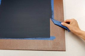 Remove the masking tape when the paint is dry.