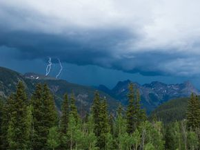 Lightning Image Gallery You should begin your hike down the mountain before afternoon thunderstorms hit the area. See more pictures of lightning.