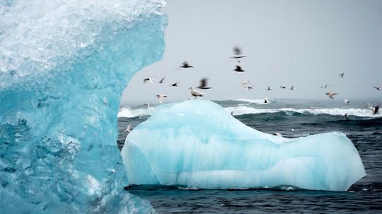 Water Shortage? Let's Lasso an Iceberg
