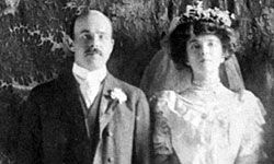 Alice was beloved by the entire nation, and her wedding day was a huge event.