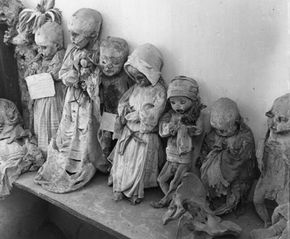 A 1955 photo of some of the infant mummies exhumed from Panteon cemetery in Guanajuato, Mexico.