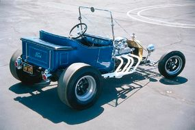 The Instant T was later given five-spoke wheels and a candy blue paint job.
