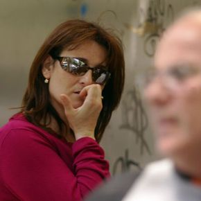 Victims of a stamp scam in Spain worry about regaining their money.