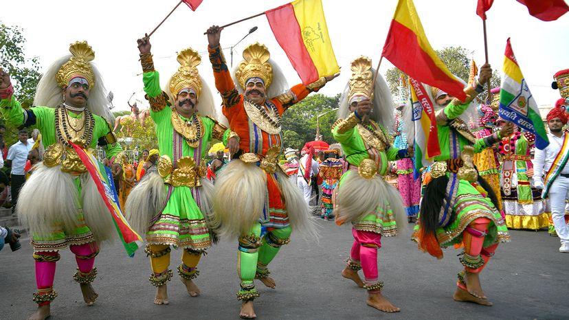 Folk artists of Karnataka