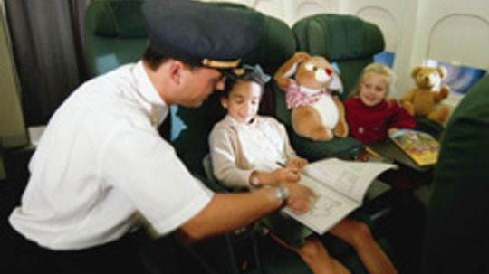 5 Tips for Keeping Kids Comfortable on Airplanes