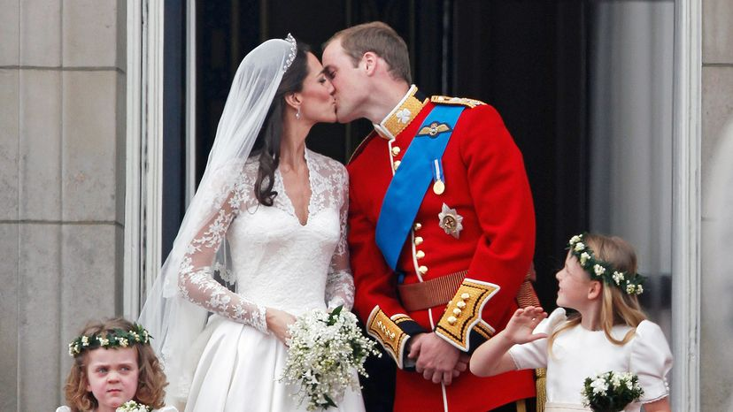 William and Kate kissing