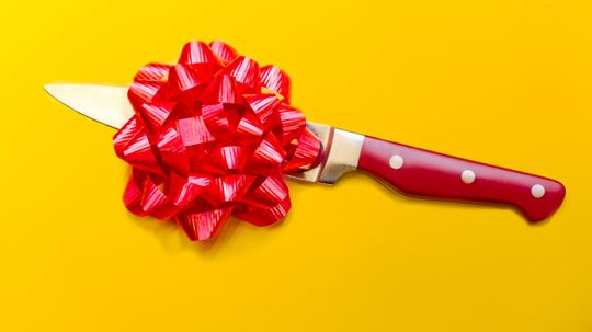 Is it bad luck to give knives as a gift?