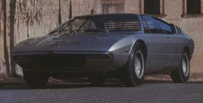 The front profile of the Urraco shows off its distinctive grille and its louveredback window, a signature of designer Marcello Gandini.