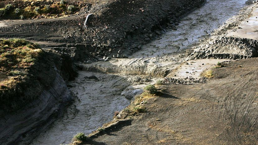 volcano mudslide