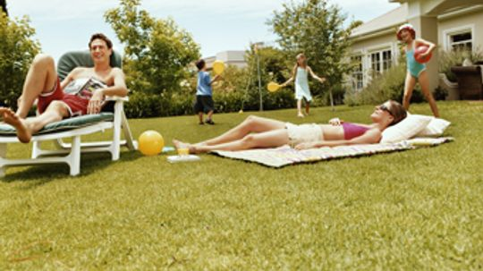 Easy DIY Lawn Games You Can Build