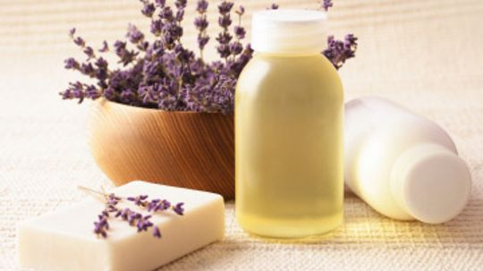 How does lavender work in skin cleansers?