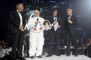 Buzz Aldrin, George Clooney