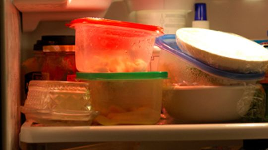 How long can you leave leftovers in the fridge?