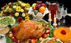 Thanksgiving dinner can yield more calories than you should have in one full day. And Christmas dinner can be even worse. See more Thanksgiving turkey pictures.