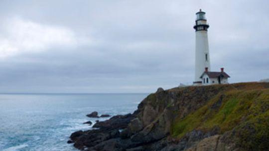 How Lighthouses Work