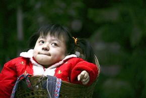 Nineteen-year-old Shao Ling struggles with rickets, which has kept her height at about two feet (06.m). She suffers from congenital rickets, but the developmental disease can also be the result of a vitamin D deficiency.