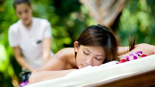 Benefits of Traditional Hawaiian Lomi Lomi Massage