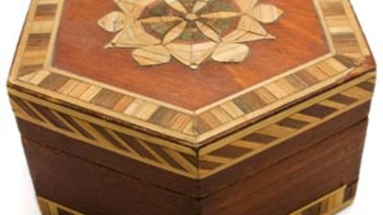 How does a puzzle box work?
