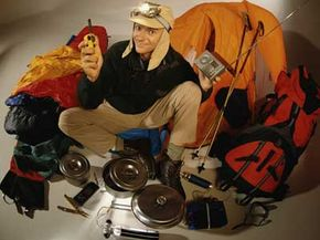 Before you load up your pack, put all of your gear in a pile. Then plan out where each item shouldbe stowed.And definitely wear your headlamp while you do it.