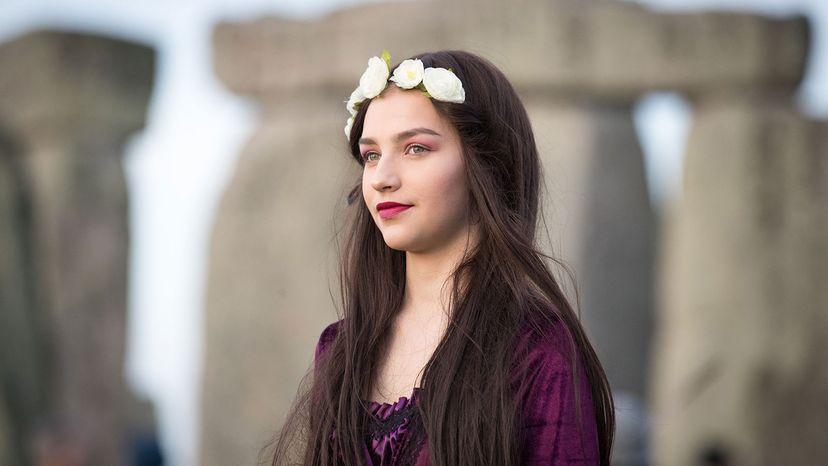 girl, stonehenge, winter solstice