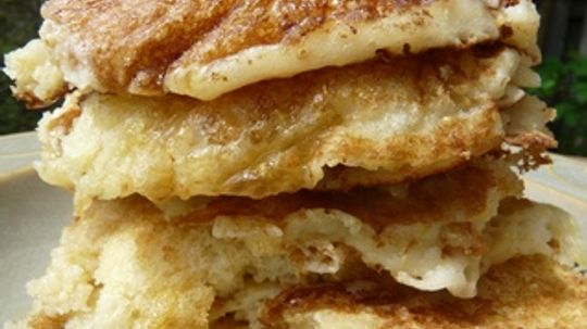 How to Make Pancakes From Scratch