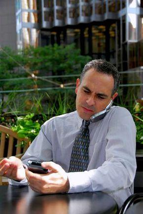 PDA software programs let professionals