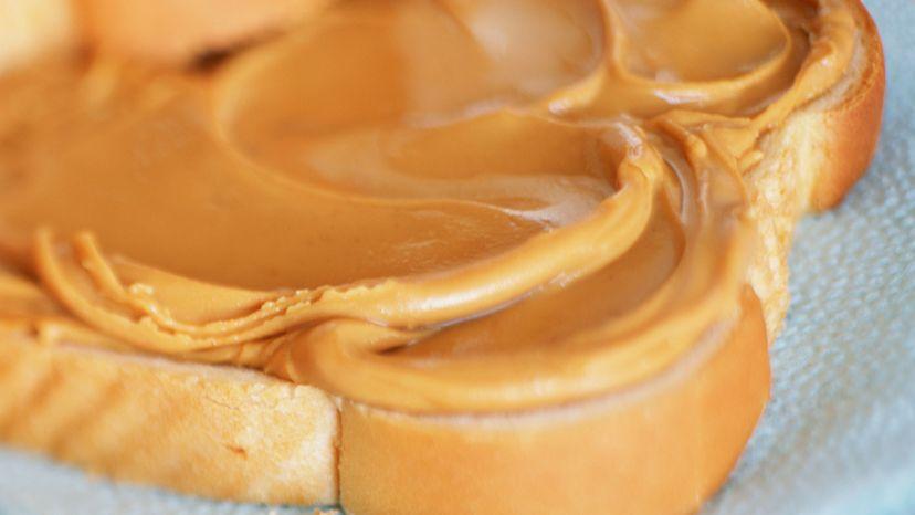 peanut butter on white bread
