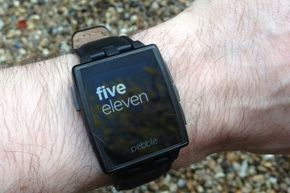 We've all dreamed of a communicator watch that will make our lives as cool as those of spies in comics and film. Can the Pebble make you feel like the future is now?