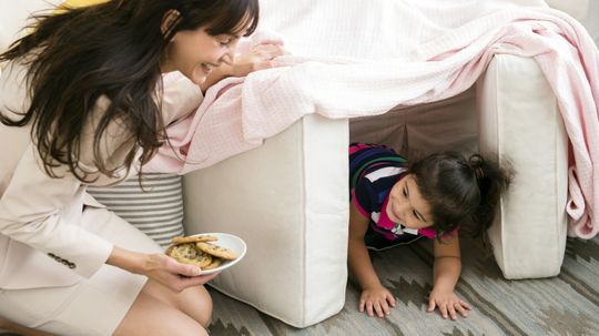 10 Forts to Build With Kids