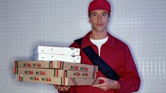 10 Things the Pizza Delivery Guy Doesn't Want You to Know