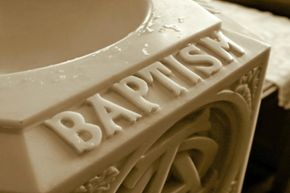 Celebrate your little one with a fabulous baptism bash!