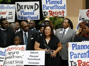 Protestors outside of Planned Parenthood