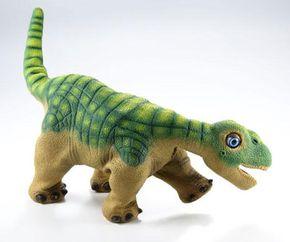 The Camarasaurus: four legs, a long neck,