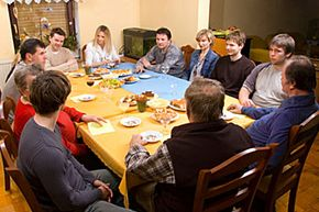 A family meeting is the perfect forum for a discussion about dividing up heirlooms.