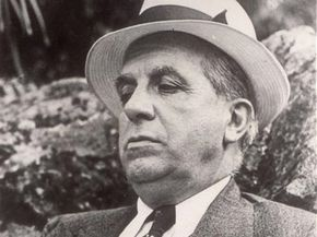 An older Charles Ponzi reflects on his infamous, though brief, stint as a successful schemer. See more money scam pictures.