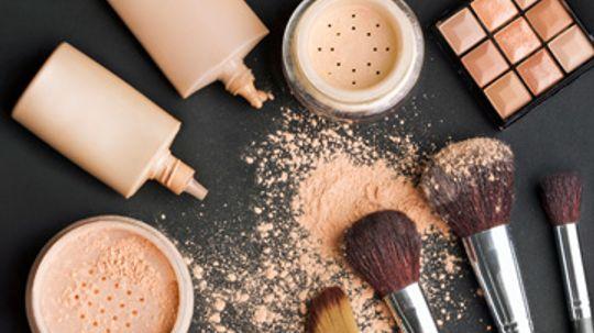 Powder vs. Liquid Makeup