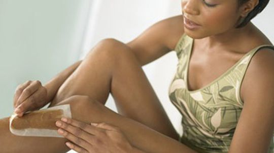 What's the best way to prepare skin for waxing?