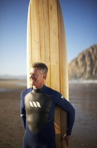 Many wet suits are made of a synthetic rubber that goes by the name of neoprene.