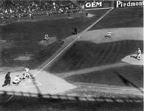 The 1921 World Series between the New York Giants and the New York Yankees was the first to be broadcast over radio. The Giants won the series 5-3.