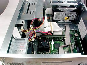 To install more RAM, look for memory modules on your computer's motherboard. At the left is a Macintosh G4 and on the right is a PC.