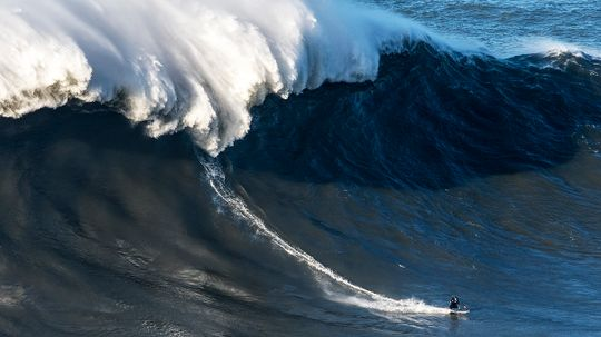 Gnarly Dude! Surfer Rides Record-breaking Wave